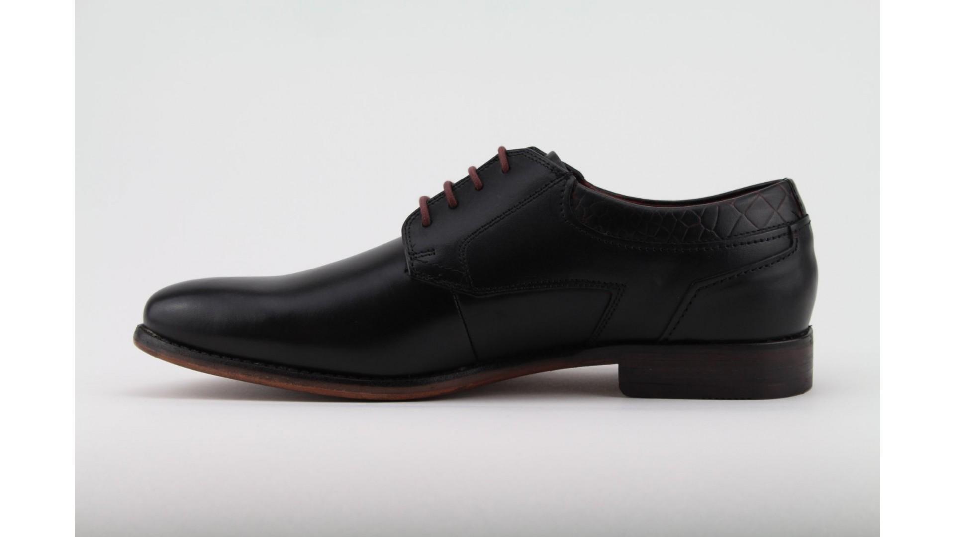 4b4999198e BUGATTI fekete bőr férfi cipő