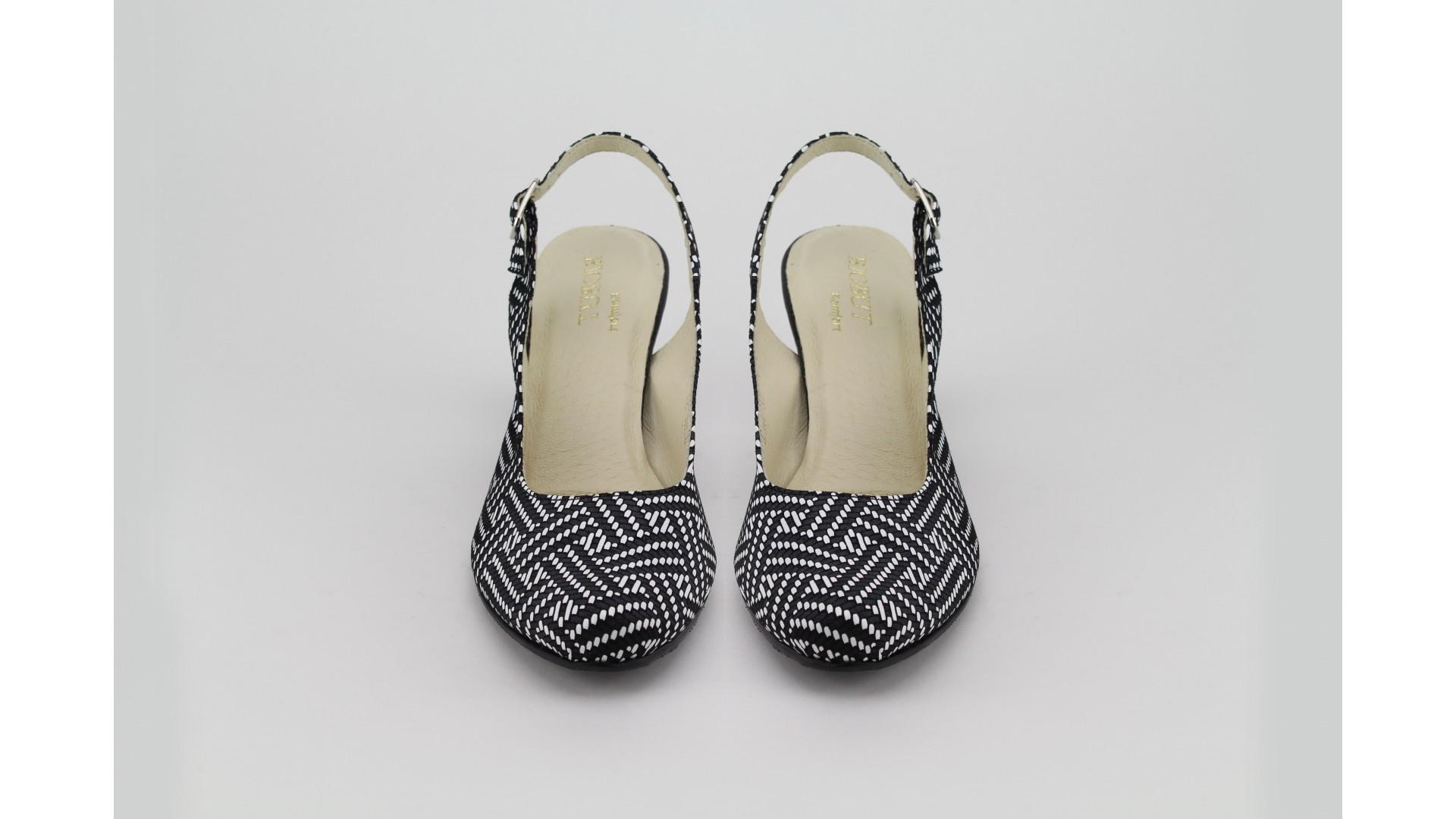 BIOBUT fekete-fehér magassarkú cipő 2c8aa57ced
